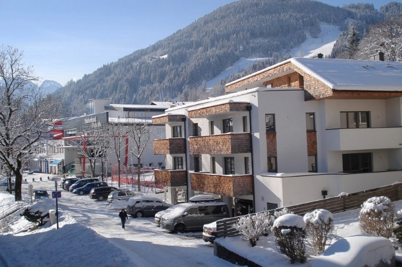 living sch nwies appartement hotel zell am see. Black Bedroom Furniture Sets. Home Design Ideas